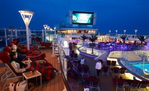 Cruisers Rave About Princess Cruise Line's Outdoor Movies